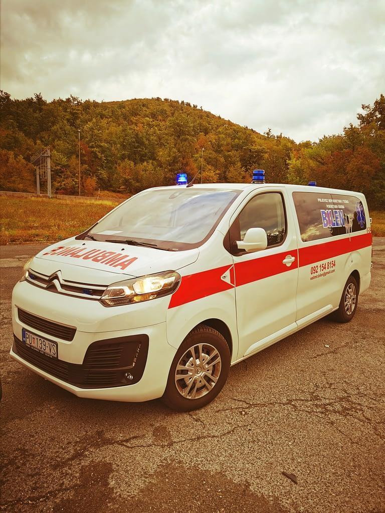 Vozilo za Saitetski prijevoz pacijenata i nepokretnih rijeka